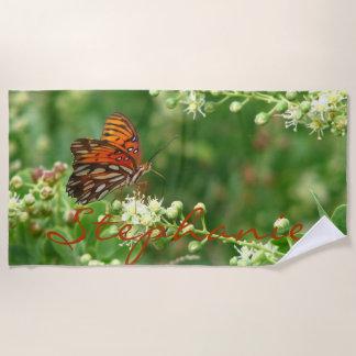 Orange Schmetterlings-Badetuch mit Namen Strandtuch