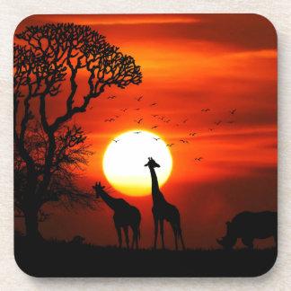 Orange Sonnenuntergang in der Giraffen-Silhouette Getränkeuntersetzer