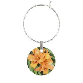 Orange Taglilie-Blumennatur Weinglas Anhänger