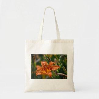 Orange Taglilie-u. Regentropfen-Blumen-Foto Tragetasche