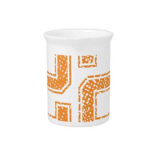 Orange trägt Jerzee Zahl 22.png zur Schau Getränke Pitcher