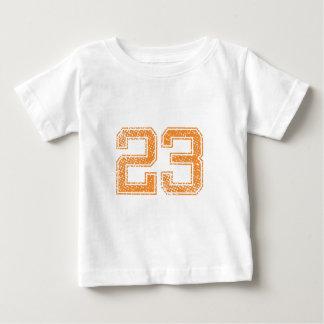 Orange trägt Jerzee Zahl 23.png zur Schau Baby T-shirt