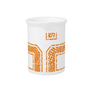 Orange trägt Jerzee Zahl 52.png zur Schau Getränke Pitcher
