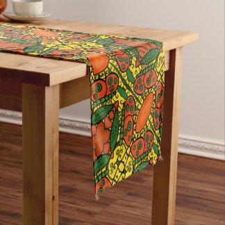 Orange und gelbes Schmetterlings-Muster Kurzer Tischläufer