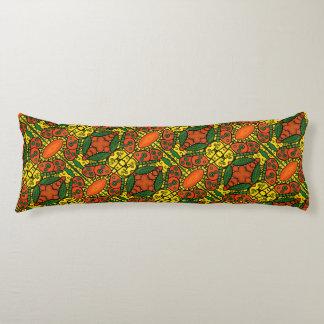 Orange und gelbes Schmetterlings-Muster Seitenschläferkissen