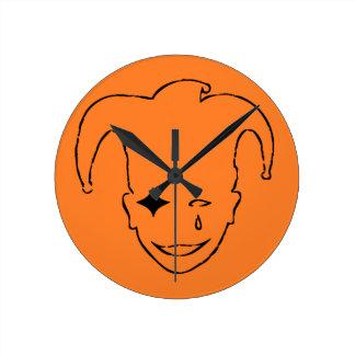 Orange und schwarzes MTJ Runde Wanduhr