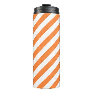 Orange und weißes diagonales Streifen-Muster Thermosbecher