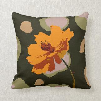 Orangen- und Holzkohlen-Grafikdesign Kissen