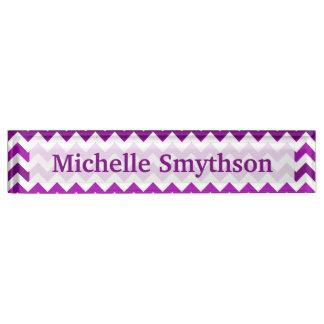 Orchideen-lila Zickzack personalisiertes Ihr Name Schreibtischplakette