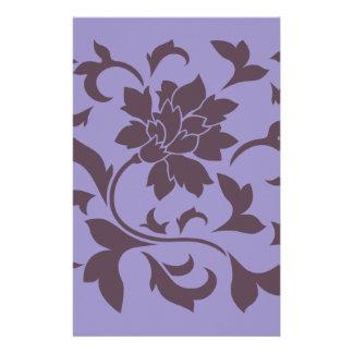Orientalische Blume - Kirschschokolade u. violette Briefpapier