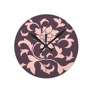 Orientalische Blume - Rosen-Quarz u. Runde Wanduhr