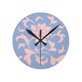 Orientalische Blume - Rosen-Quarz u. Serenity-Blau Runde Wanduhr