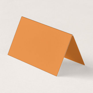 Orientierung: Gefaltetes horizontales Zelt sind Visitenkarten