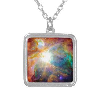 Orions-Nebelfleck-Regenbogen-Galaxie Versilberte Kette