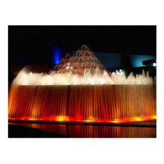 Orlando-Freizeitpark-Brunnen geleuchtet nachts Postkarte
