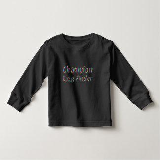 Osterei-Jagd-Meister-Ei-Sucher-lustiges buntes Kleinkind T-shirt