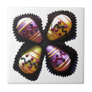 Osterei-Schokoladen Kleine Quadratische Fliese
