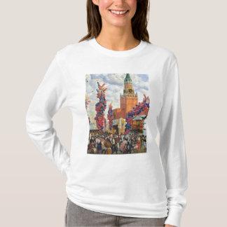 Ostern-Markt im Moskau der Kreml, 1917 T-Shirt