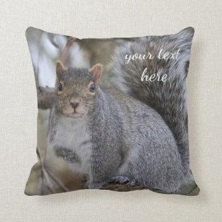 Ostgrau-Eichhörnchen Kissen