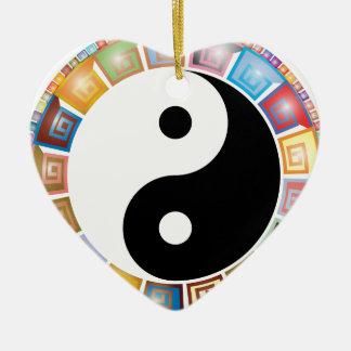 östliche asiatische Philosophie yin Yang Keramik Herz-Ornament
