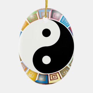 östliche asiatische Philosophie yin Yang Ovales Keramik Ornament