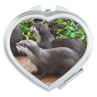 Otterly göttliche Otter, Schminkspiegel