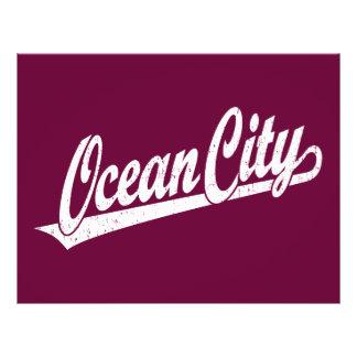 Ozean-Stadtskriptlogo im Weiß beunruhigt 21,6 X 27,9 Cm Flyer