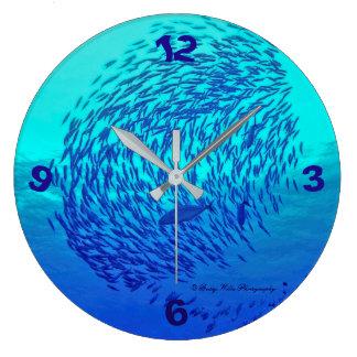 Ozean-Thema-runde Uhr