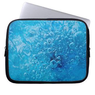 Ozean unter abstrakter Laptop-Hülse Laptopschutzhülle