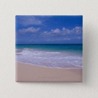 Ozeanwellen, die auf sandigen Strand schäumen Quadratischer Button 5,1 Cm