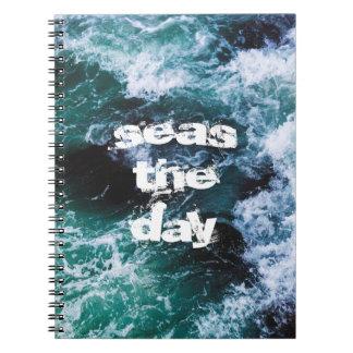Ozeanwellen-Seeblau zitiert schönes künstlerisches Spiral Notizblock