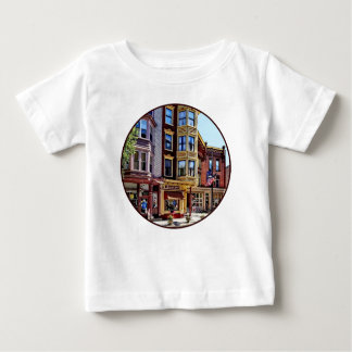 PA Jim-Thorpe - Geschäfte entlang Broadway Baby T-shirt