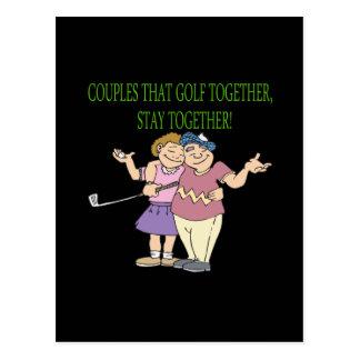 Paare, die zusammen Golf spielen, bleiben zusammen Postkarte