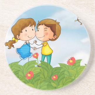Paare im Garten mit Herrn Amor Untersetzer
