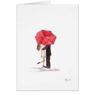 Paare in der Liebe unter rotem Regenschirm Grußkarte