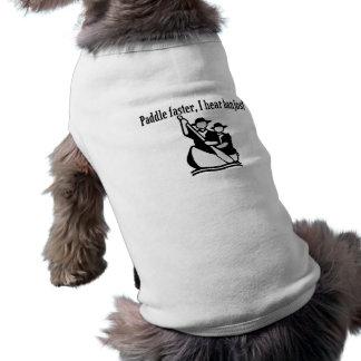Paddel schneller höre ich Banjos Ärmelfreies Hunde-Shirt