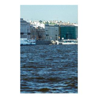 Paläste auf neva Fluss St Petersburg Russland Briefpapier