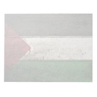 Palästina-Flagge auf altem hölzernem Korn Notizblock