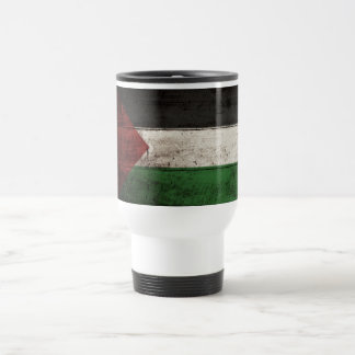 Palästina-Flagge auf altem hölzernem Korn Reisebecher