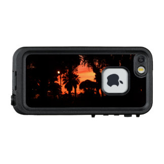 Palme-Silhouette am Sonnenuntergang LifeProof FRÄ' iPhone SE/5/5s Hülle