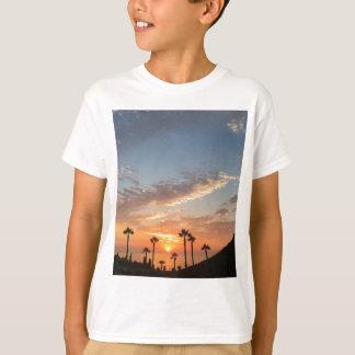 Palme-Sonnenuntergang T-Shirt