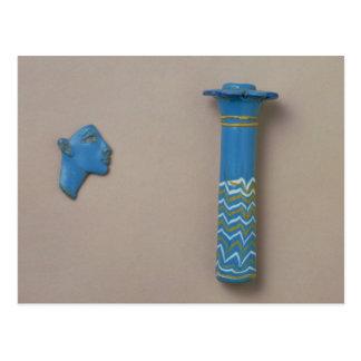 Palmenspalten-Kohl-Flasche und Fragment der Postkarte