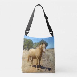 Palomino-Pferdeschönheits-Aufpassen, Tragetaschen Mit Langen Trägern