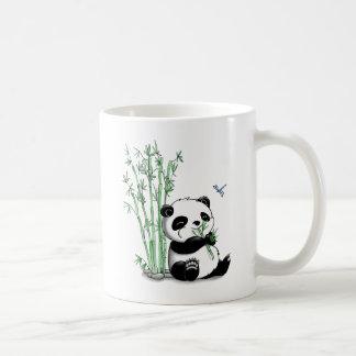 Panda, der Bambus isst Kaffeetasse