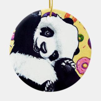 Panda essen diese Schaumgummiringe Rundes Keramik Ornament