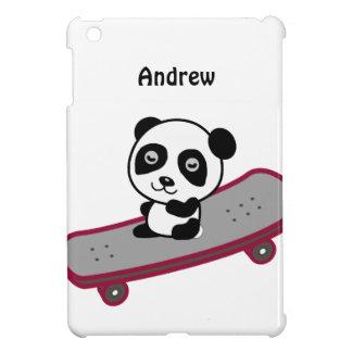 Pandareiten auf Skateboard iPad Mini Hülle