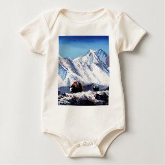 Panoramablick des Everest-Gebirgsniedriges Baby Strampler