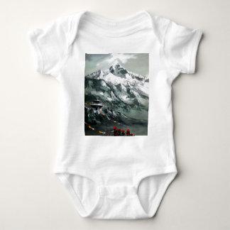 Panoramablick niedrigen Lagers Everest Baby Strampler