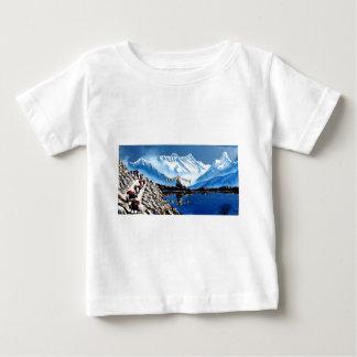 Panoramablick von Annapurna Berg Nepal Baby T-shirt