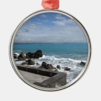Panoramablick von Castiglioncello Küste in Toskana Silbernes Ornament